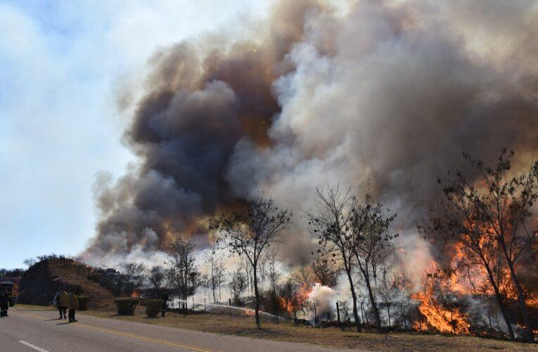 Lograron controlar los incendios en El Volcán, Saladillo y Cuatro Esquinas