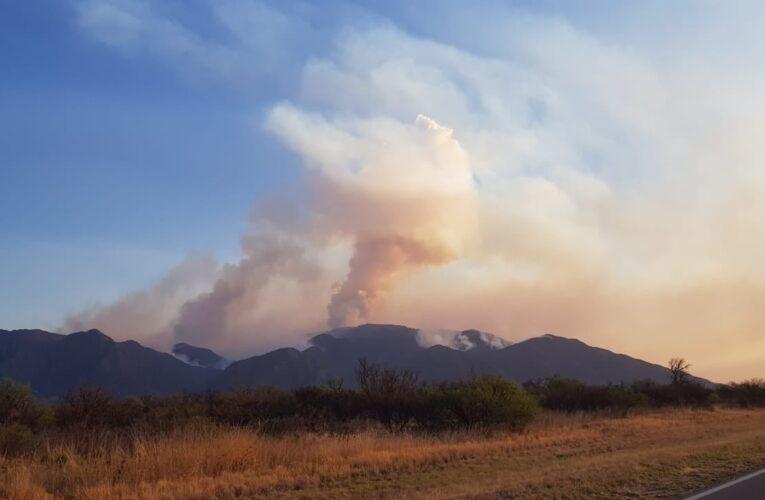 Combaten el incendio en San Martín, pero se complicó en dirección a San Francisco