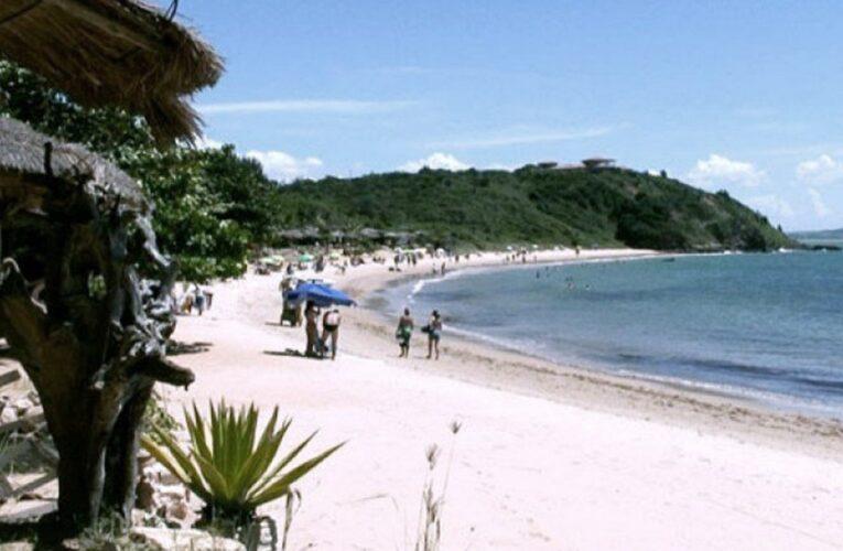Brasil: la Justicia ordenó la salida de turistas y el cierre de hoteles y comercios de Buzios por rebrote de coronavirus