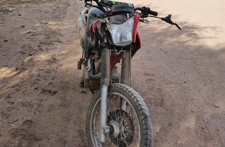 Motociclista perdió la vida tras chocar con un caballo