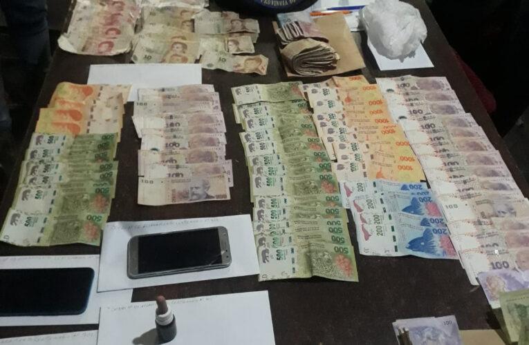 Villa Mercedes. Golpe al Narcotráfico: La Policía realizó cinco allanamientos, detuvo a seis personas y secuestró armas, drogas, vehículos, motos y dinero.