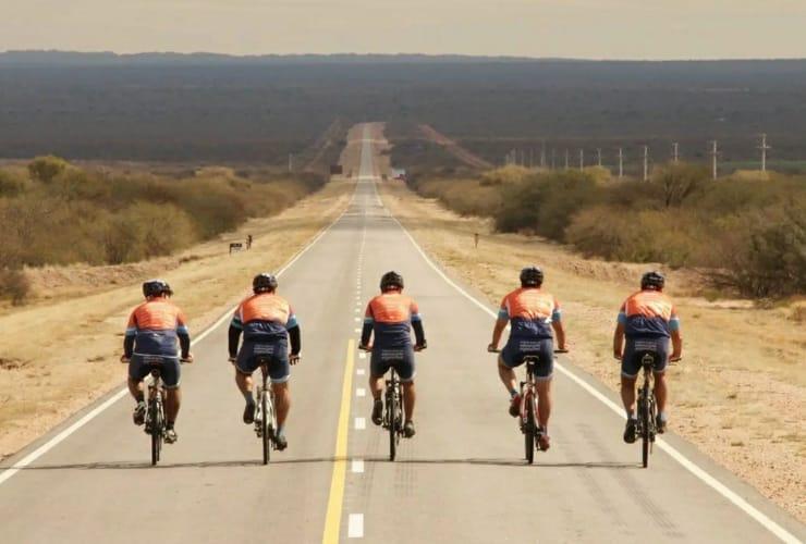 """El lunes 13 llegarán los ciclistas del """"Cruce por la Educación Argentina"""" a San Francisco del Monte de Oro"""