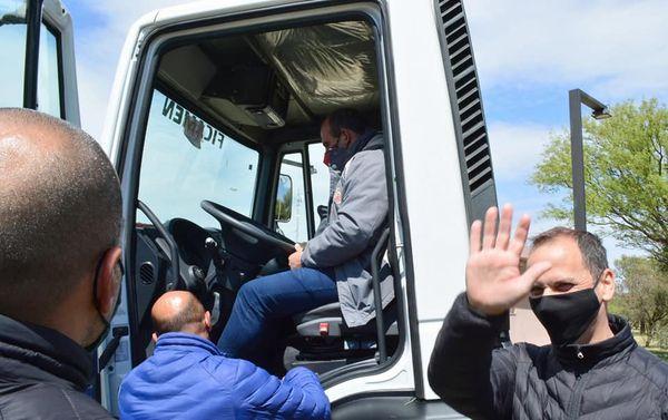La Punta: Olivero presentó el nuevo camión adquirido por la Municipalidad
